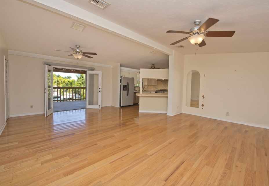 Additional photo for property listing at 17174 W BUTTONWOOD Drive  Sugarloaf, Florida 33042 Usa