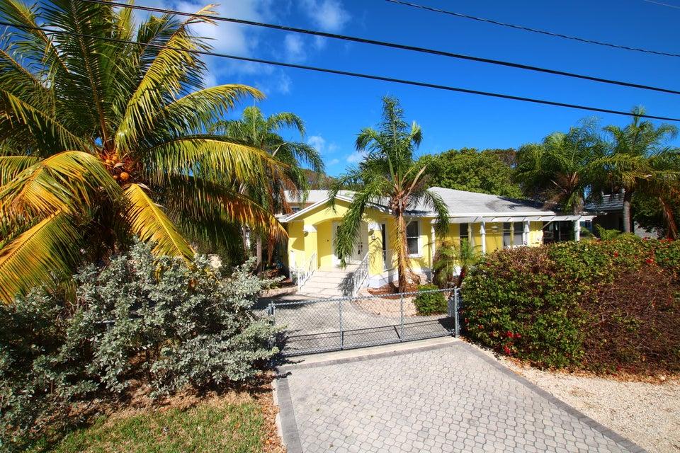 76 Marina Avenue, Key Largo, FL 33037