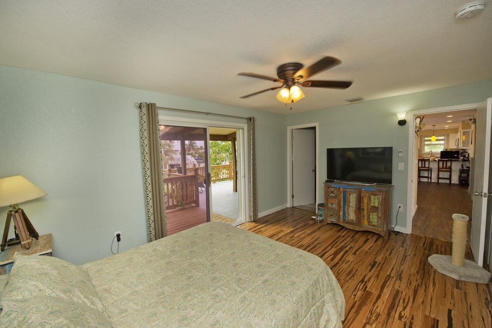 Additional photo for property listing at 24 Tamarind Drive 24 Tamarind Drive Big Coppitt, Florida 33040 United States