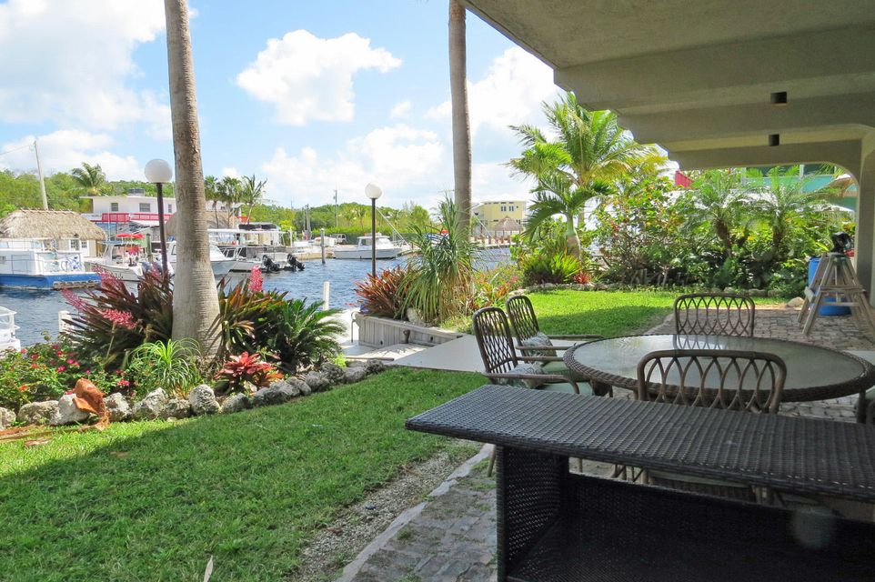 Additional photo for property listing at 28 S Exuma Road 28 S Exuma Road Key Largo, Florida 33037 États-Unis