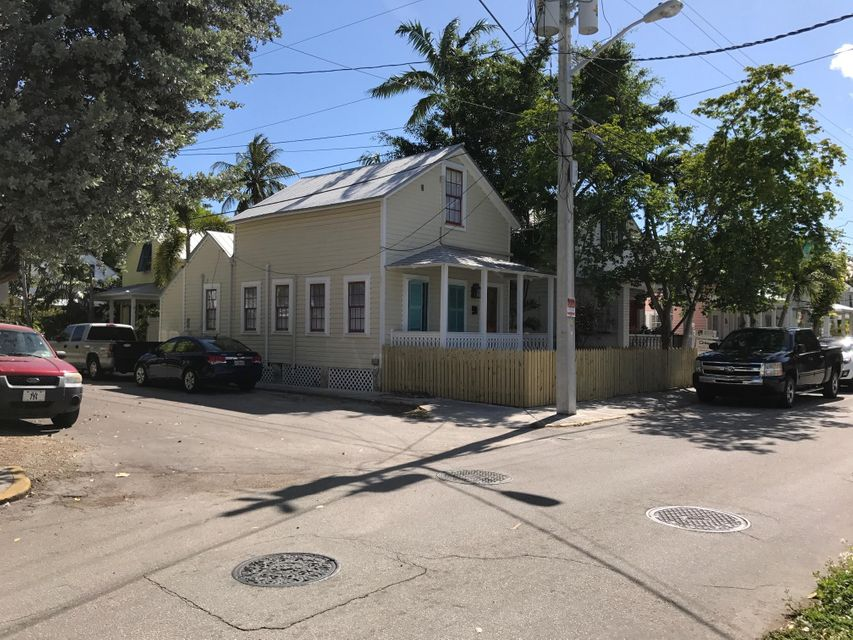 Additional photo for property listing at 732 Windsor Lane 732 Windsor Lane Key West, Florida 33040 Estados Unidos