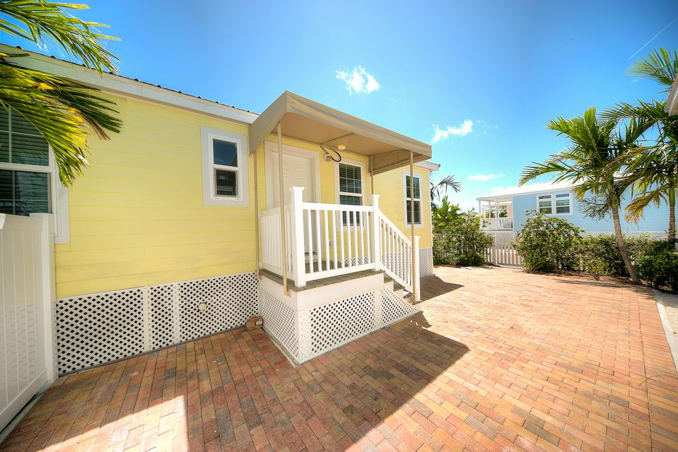 Additional photo for property listing at 5031 5Th Avenue 5031 5Th Avenue Key West, 플로리다 33040 미국
