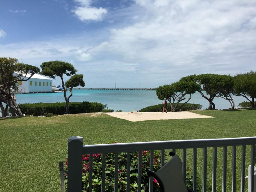 Additional photo for property listing at 5078 Sunset Village Drive 5078 Sunset Village Drive Duck Key, Florida 33050 United States