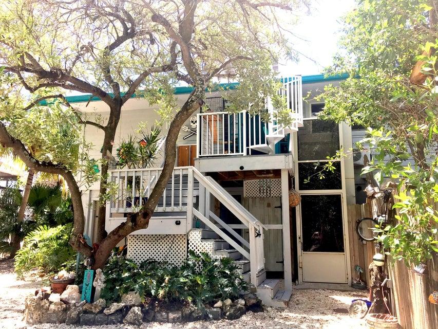 Casa para uma família para Venda às 1997 Long Beach Drive Big Pine Key, Florida 33043 Estados Unidos