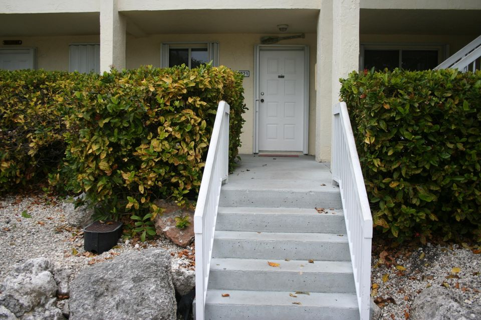 Additional photo for property listing at 98221 Windward Avenue 98221 Windward Avenue Key Largo, 佛羅里達州 33037 美國
