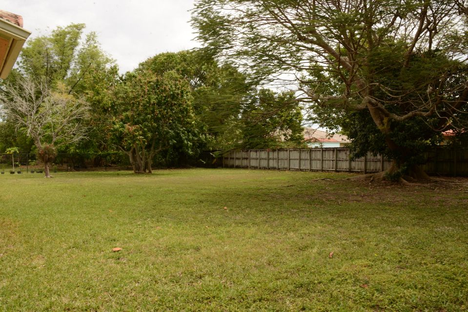 Additional photo for property listing at 27951 SW 159th Ct Homestead, FL 33031 Court 27951 SW 159th Ct Homestead, FL 33031 Court Other Areas, Florida 00000 Estados Unidos