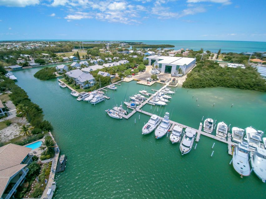 Additional photo for property listing at 12411 Overseas Highway 12411 Overseas Highway Marathon, Florida 33050 États-Unis