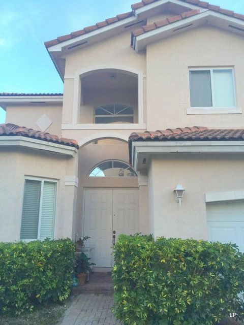 Single Family Home for Sale at 1940 SE 21st Court Homestead, Florida 33035 United States