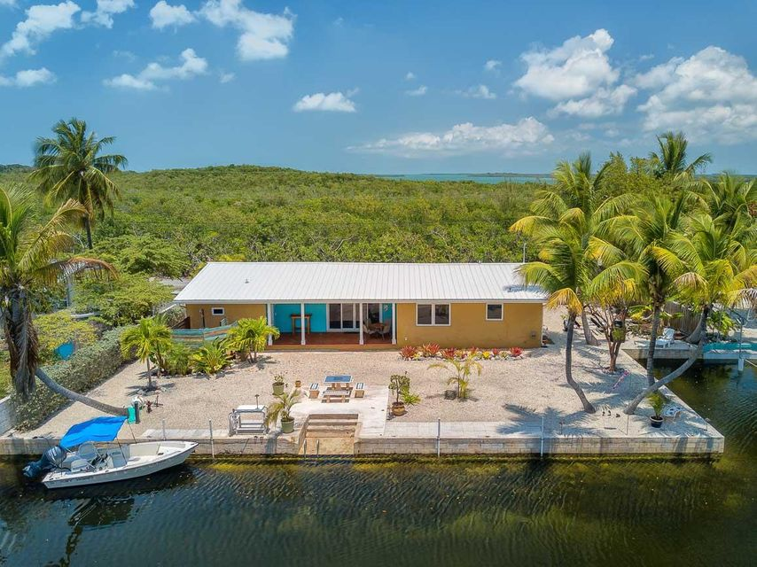 19861 Date Palm Drive, Sugarloaf Key, FL 33042