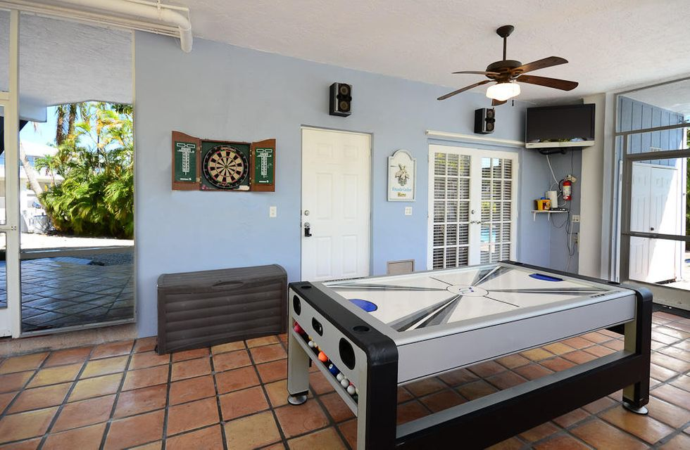 Additional photo for property listing at 878 Ellen Drive 878 Ellen Drive Key Largo, Florida 33037 États-Unis