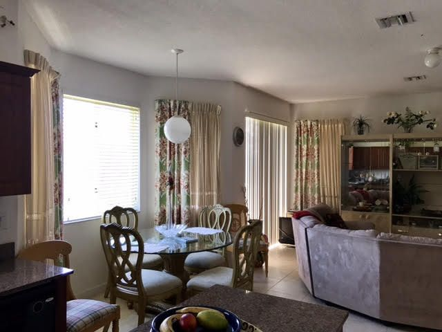Additional photo for property listing at 1940 SE 21st Court 1940 SE 21st Court Homestead, Florida 33035 Amerika Birleşik Devletleri