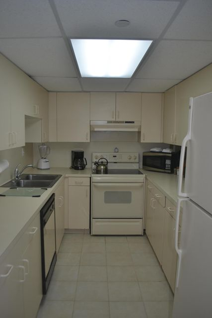 Additional photo for property listing at 1 S Kyle Way 1 S Kyle Way Marathon, Florida 33050 Vereinigte Staaten