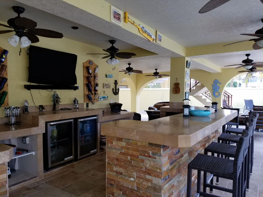 Additional photo for property listing at 236 S Ocean Shores Drive 236 S Ocean Shores Drive Key Largo, Florida 33037 Hoa Kỳ