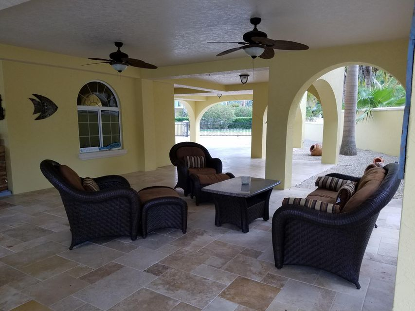 Additional photo for property listing at 236 S Ocean Shores Drive 236 S Ocean Shores Drive Key Largo, Florida 33037 Stati Uniti
