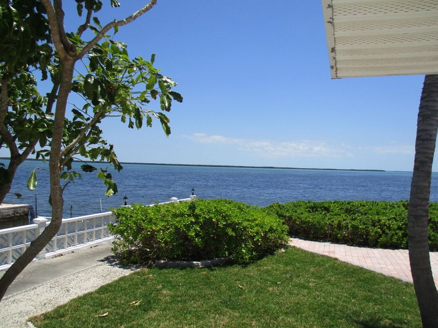 Additional photo for property listing at 31253 Hibiscus Drive 31253 Hibiscus Drive Big Pine Key, Флорида 33043 Соединенные Штаты