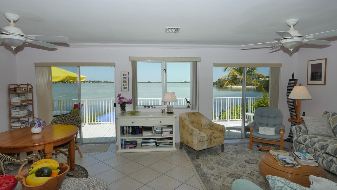 Additional photo for property listing at 86 Bay Drive 86 Bay Drive Saddlebunch, Florida 33040 Usa