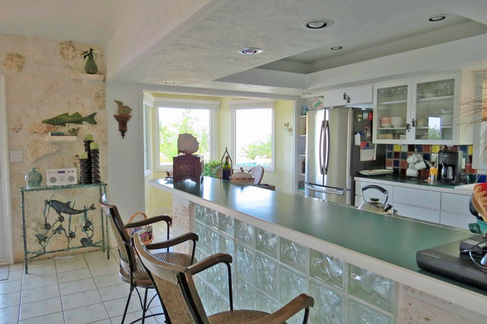 Additional photo for property listing at 901 Lobster Lane 901 Lobster Lane Key Largo, Florida 33037 Stati Uniti