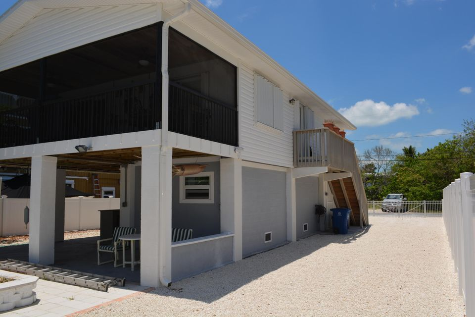 Additional photo for property listing at 3939 Gordon Road 3939 Gordon Road Big Pine Key, Florida 33043 United States