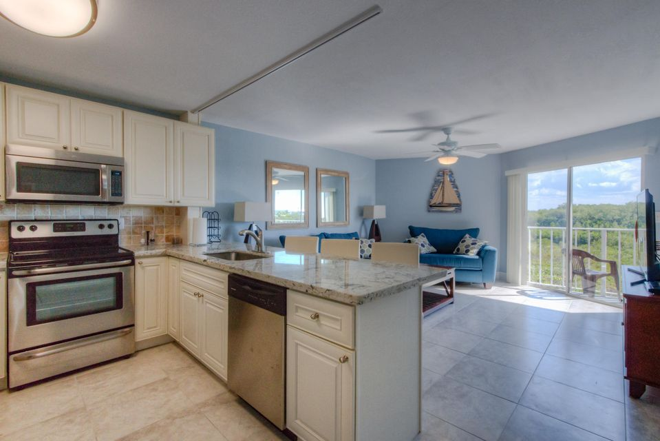 Additional photo for property listing at 500 Burton Drive 500 Burton Drive Tavernier, Florida 33070 Estados Unidos