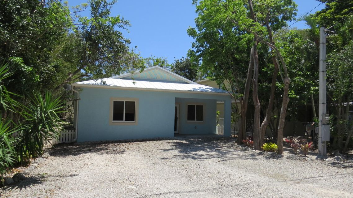 Single Family Home for Sale at 460 Lime Drive 460 Lime Drive Key Largo, Florida 33037 United States