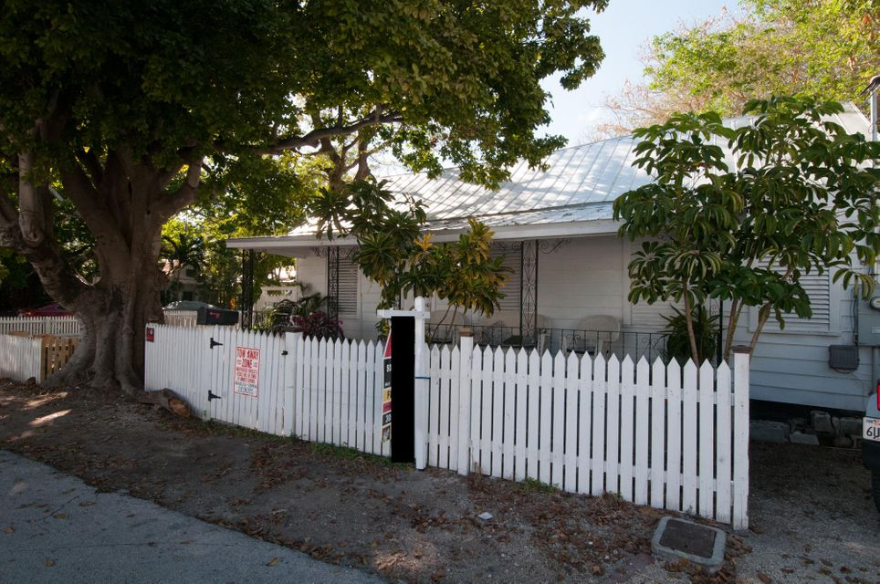 Single Family Home for Sale at 323 Angela Street 323 Angela Street Key West, Florida 33040 United States