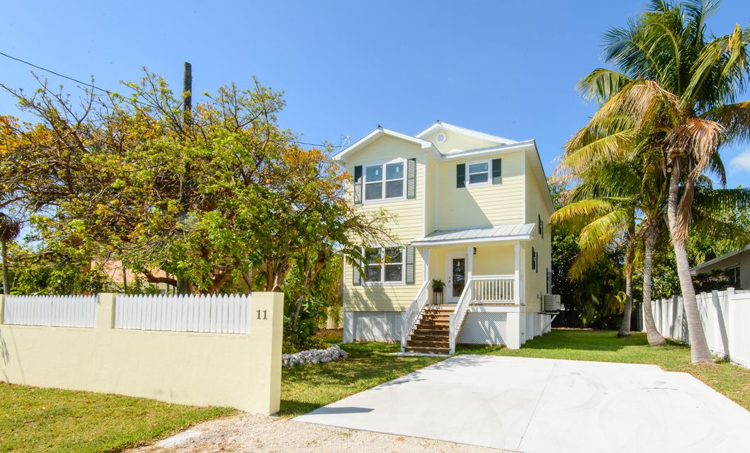 Casa Unifamiliar por un Venta en 11 Birchwood Drive Key Haven, Florida 33040 Estados Unidos