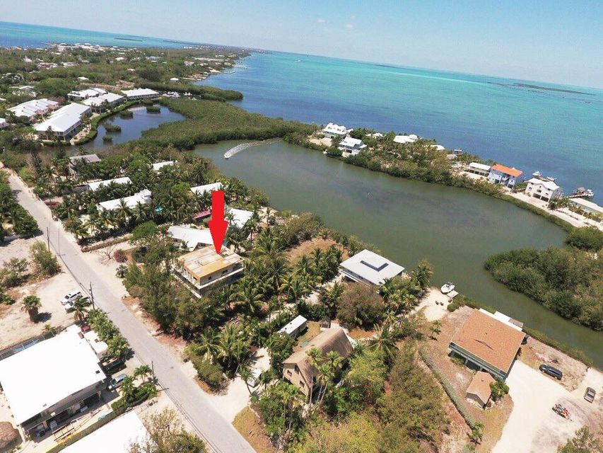 獨棟家庭住宅 為 出售 在 75 Jean La Fitte Drive 75 Jean La Fitte Drive Key Largo, 佛羅里達州 33037 美國