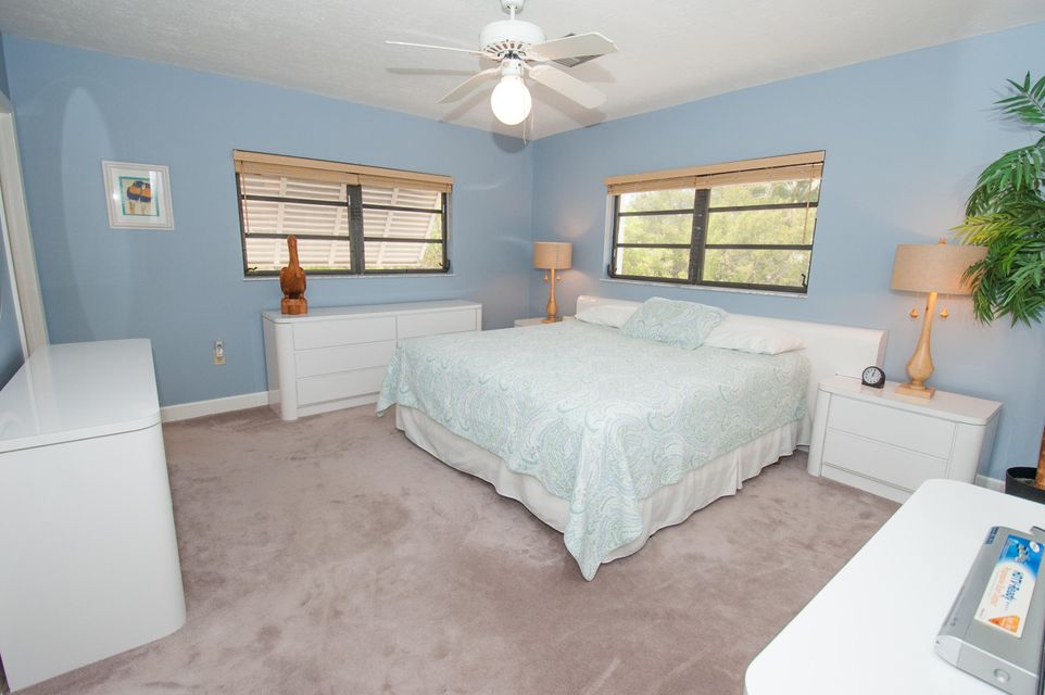 Additional photo for property listing at 28548 Peg Leg Road 28548 Peg Leg Road Little Torch Key, Florida 33042 Estados Unidos