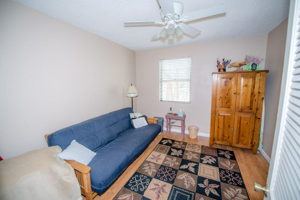Additional photo for property listing at 180 Coral Road 180 Coral Road Islamorada, Florida 33036 Hoa Kỳ