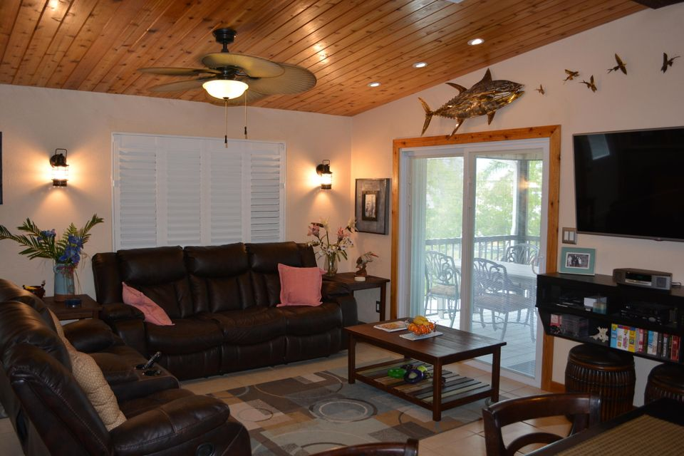 Additional photo for property listing at 3939 Gordon Road 3939 Gordon Road Big Pine Key, Florida 33043 Verenigde Staten