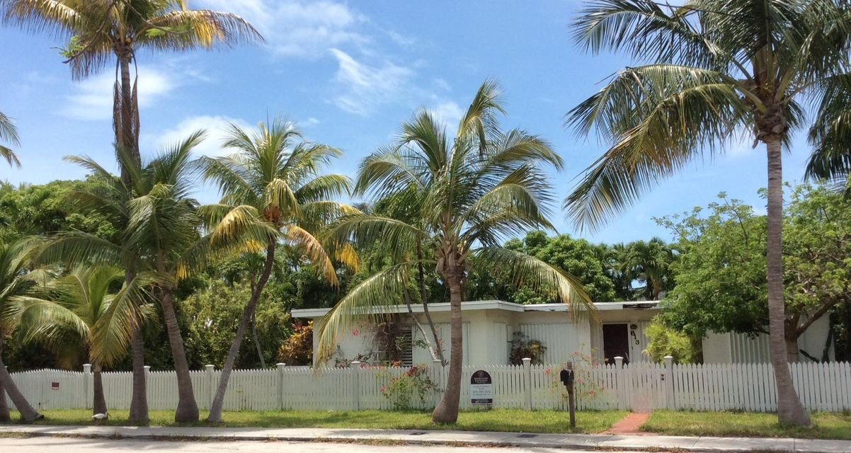 Additional photo for property listing at 813 Waddell Avenue 813 Waddell Avenue Key West, Florida 33040 Estados Unidos