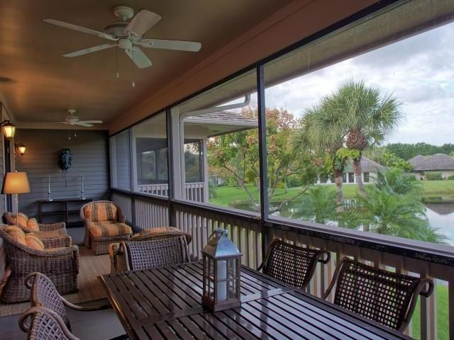 Additional photo for property listing at 11830 Pebblewood Drive 11830 Pebblewood Drive Other Areas, Florida 00000 Vereinigte Staaten