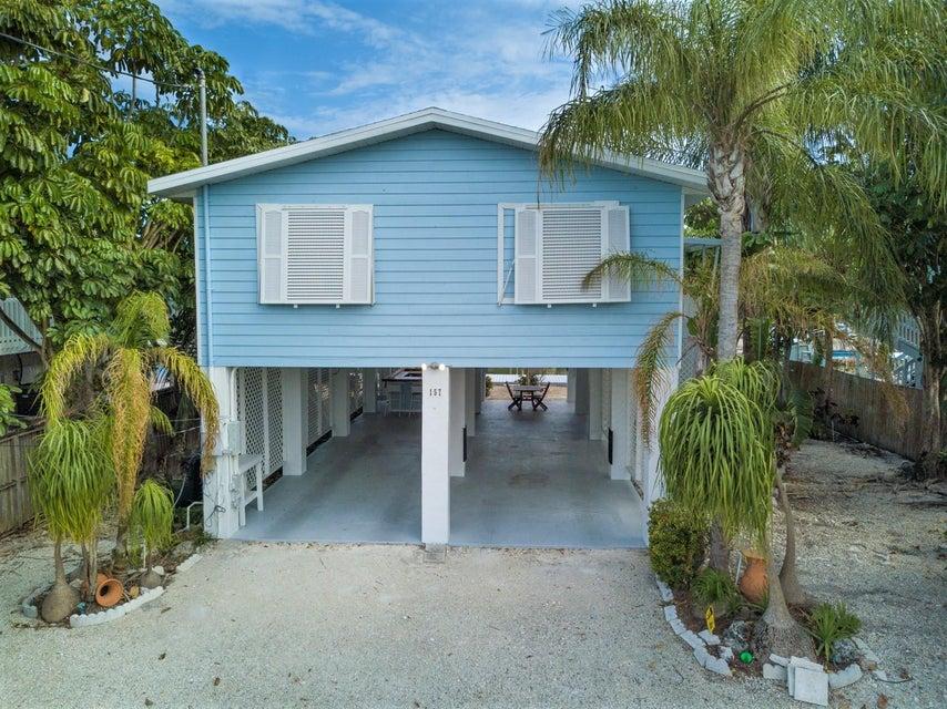 独户住宅 为 销售 在 157 Ojibway Avenue 157 Ojibway Avenue 伊斯拉摩拉, 佛罗里达州 33070 美国