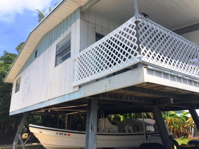 Additional photo for property listing at 31 S Conch Avenue 31 S Conch Avenue Marathon, Florida 33050 Estados Unidos