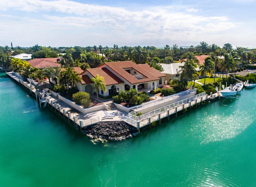 Single Family Home for Sale at 510 Seminole Drive Cudjoe Key, Florida 33042 United States
