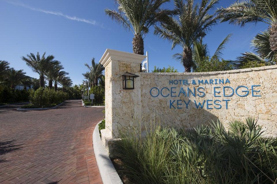 Autre bien résidentiel pour l Vente à 5950 Peninsular Avenue 5950 Peninsular Avenue Stock Island, Florida 33040 États-Unis