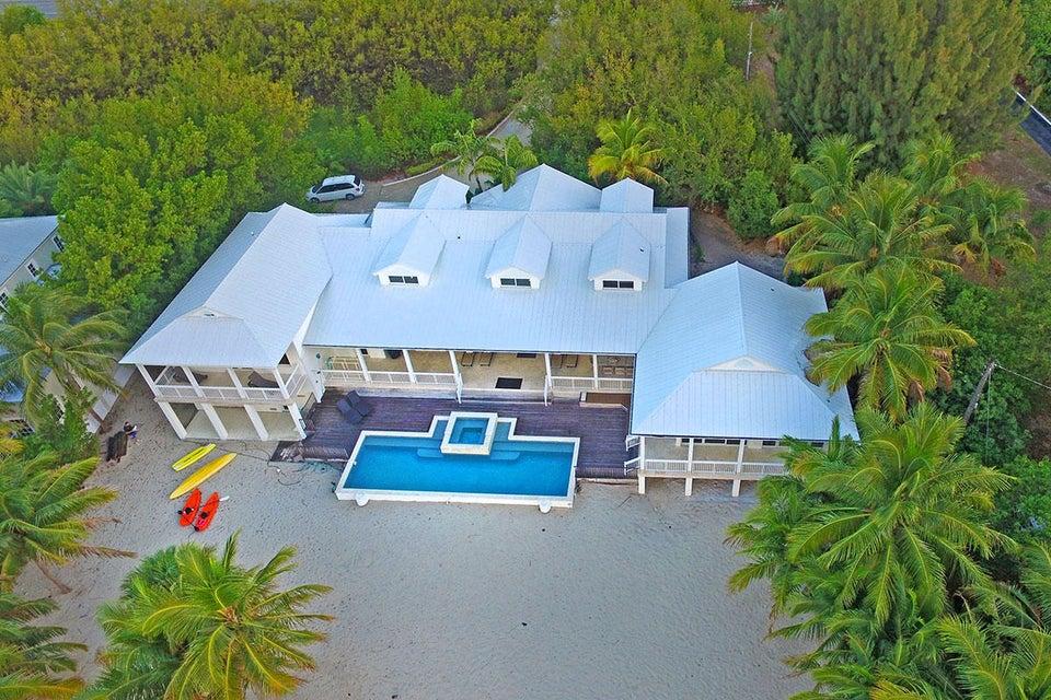 Single Family Home for Sale at 75971 Overseas Highway 75971 Overseas Highway Islamorada, Florida 33036 United States