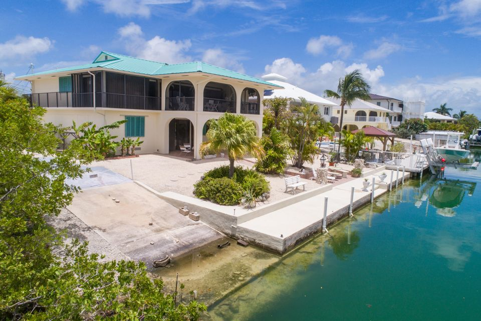 Additional photo for property listing at 953 Flagship Drive 953 Flagship Drive Summerland Key, Florida 33042 Stati Uniti