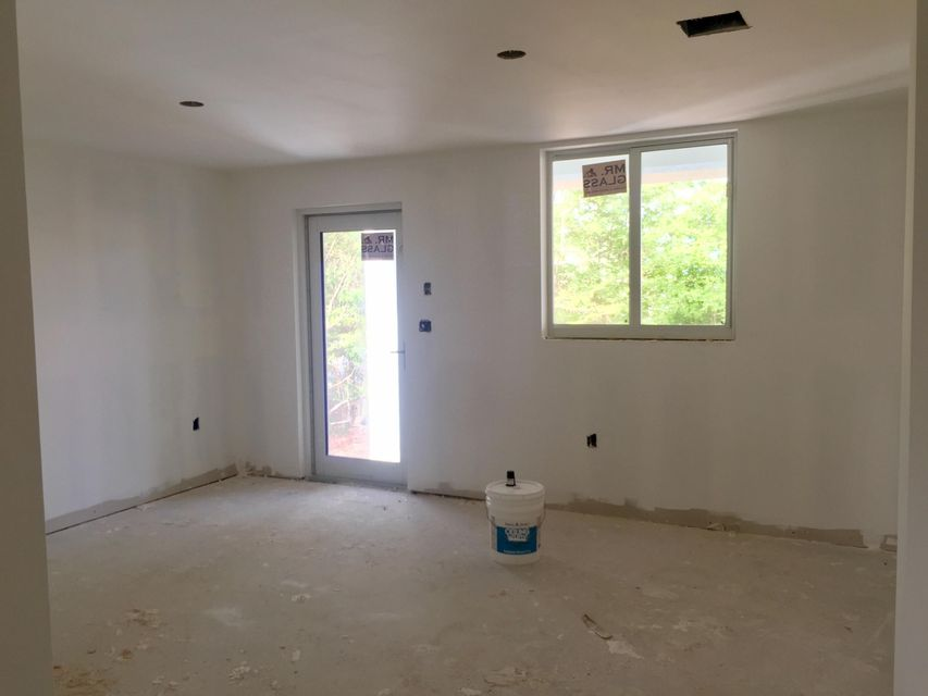 Additional photo for property listing at 66 Jean La Fitte Drive 66 Jean La Fitte Drive Key Largo, Florida 33037 États-Unis