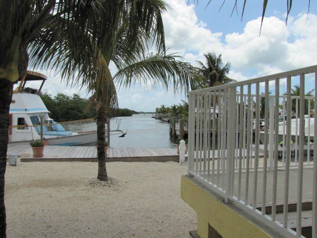 Additional photo for property listing at 599 Morris Avenue 599 Morris Avenue Key Largo, 플로리다 33037 미국