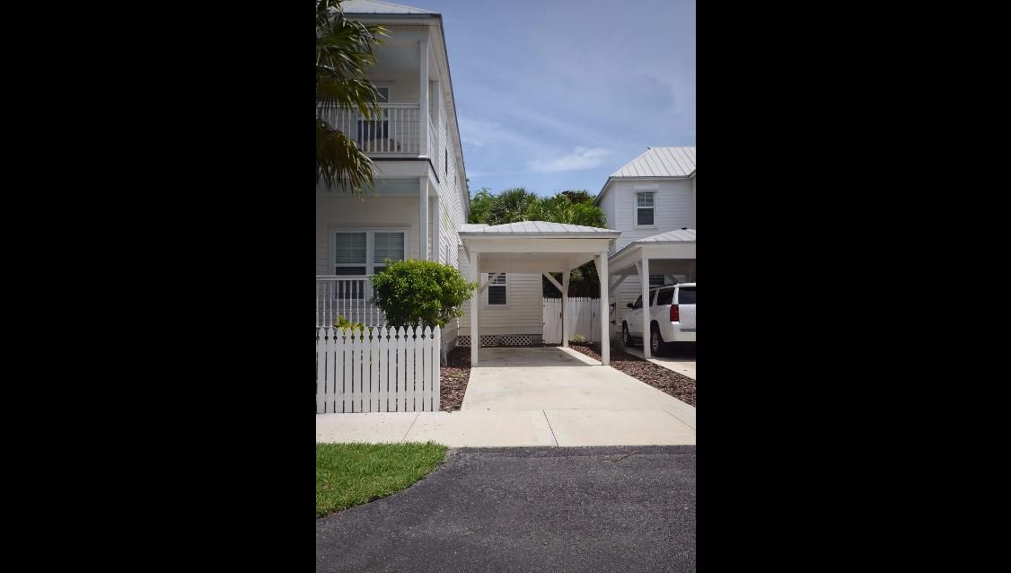 Additional photo for property listing at 7214 Simran Lane 7214 Simran Lane Duck Key, Florida 33050 États-Unis