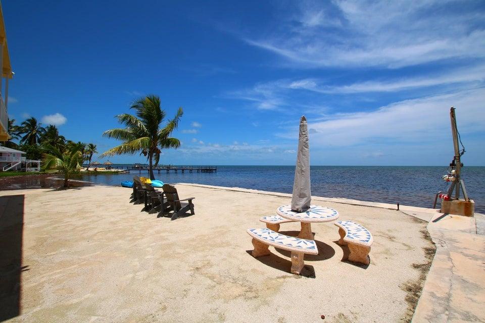 Additional photo for property listing at 57652 Overseas Highway 57652 Overseas Highway Marathon, Флорида 33050 Соединенные Штаты