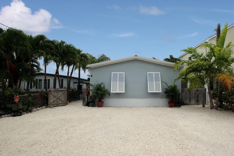 1130 Gulfstream Lane, Key Largo, FL 33037
