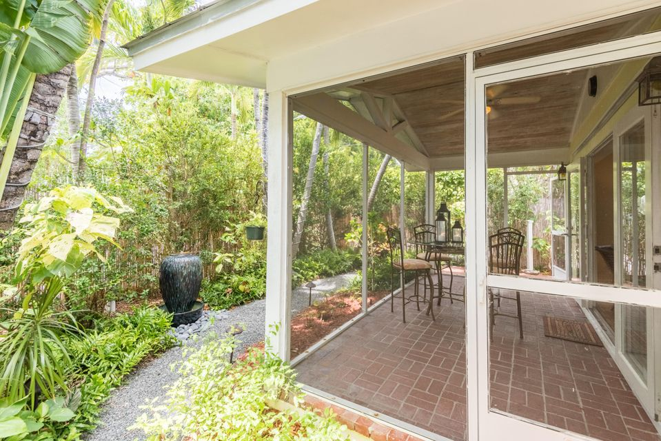 Additional photo for property listing at 702 Florida Street 702 Florida Street Key West, Florida 33040 United States