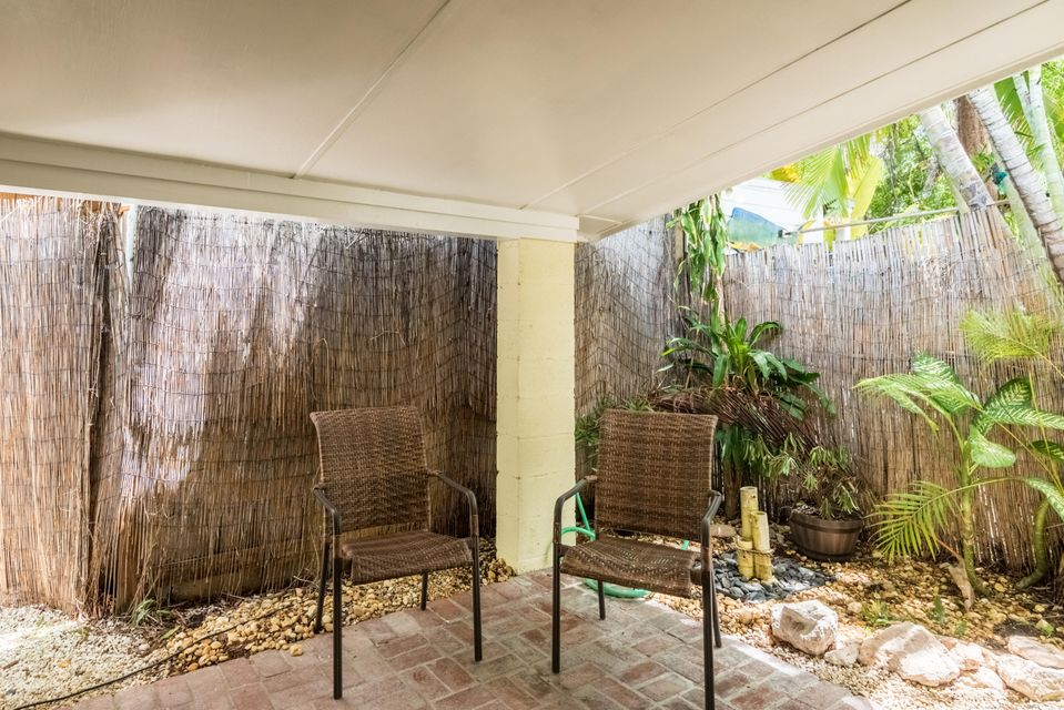 Additional photo for property listing at 702 Florida Street 702 Florida Street Key West, Florida 33040 Estados Unidos