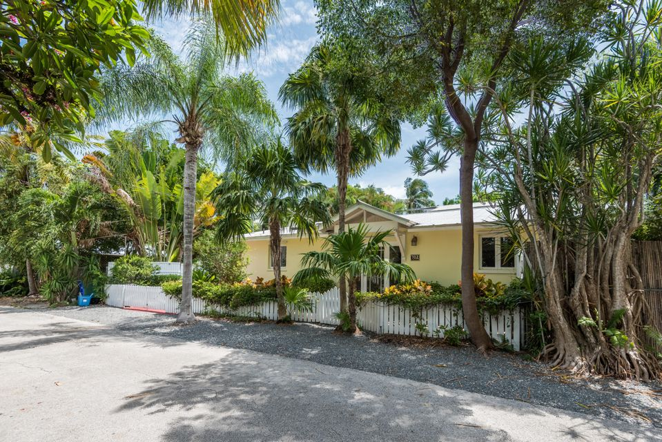 Single Family Home for Sale at 702 Florida Street 702 Florida Street Key West, Florida 33040 United States