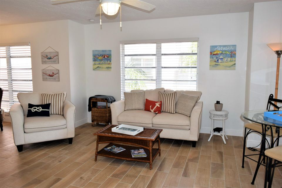 Additional photo for property listing at 117 Coco Plum Drive 117 Coco Plum Drive Marathon, Florida 33050 Verenigde Staten