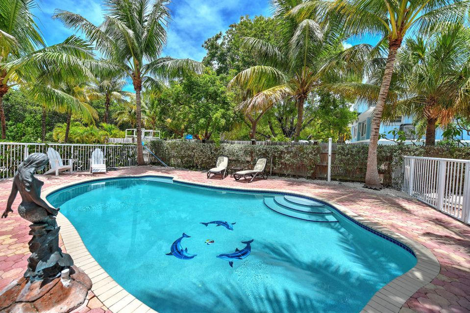 176 Orange Blossom Road, Key Largo, FL 33070