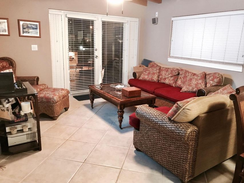 Additional photo for property listing at 63 7th Street 63 7th Street Key Colony, Florida 33051 United States