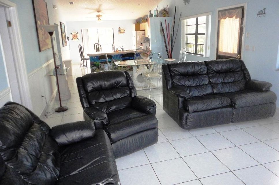Additional photo for property listing at 461 8Th Street 461 8Th Street Key Colony, Florida 33051 Usa